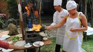 cours de cuisine vietnamienne cours de cuisine vietnamienne avec visite du marché hanoï expedia