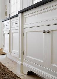 kitchen cabinet base molding ideas pin by cynthia hammond on i m gonna need more glue