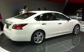 2012 Nissan Altima 2 5s Horsepower New York 2012 2013 Nissan Altima Gets New Design 38 Mpg Rating
