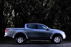 mitsubishi l200 single cab 2016 mitsubishi l200 pickup truck arrives in geneva 5 soulsteer