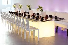 renting chairs for a wedding the ultimate guide to wedding rentals bridalguide
