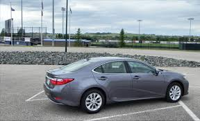 lexus hybrid 2014 2014 lexus es 300h is hybrid fuel economy in a luxurious driving