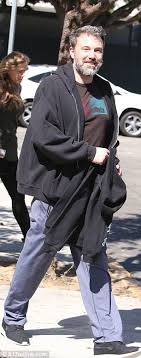 Seeking Kyle Actor Ben Affleck Pictured At A Treatment Center In La Daily Mail