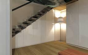 schrank unter treppe stufenlos glücklich auch unter der treppe my wohnidee