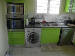 cuisine avec machine à laver machine a laver dans cuisine comment installer un lave linge dans