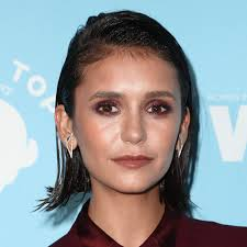 what does a bob hairstyle look like nina dobrev just chopped her hair into the perfect piece y bob