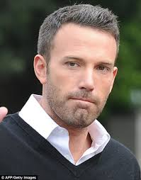 hair sules for thick gray hair ben affleck shows off his greying hair daily mail online
