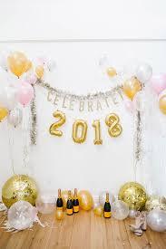 new years backdrop diy a balloon photo backdrop for new year s conrad