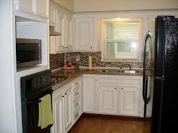 Backsplash Kitchen Design Interior Small Kitchen Design With White Timberlake Cabinets And