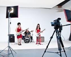 cheap studio lights for video cosmeticators light pulse studios video roboman the studio