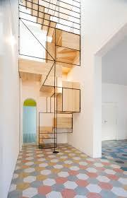 escalier design bois metal escalier en bois et metal revêtement de sol carreaux de ciments