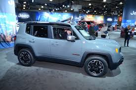 jeep renegade dashboard 2015 jeep renegade makes north american premiere in new york