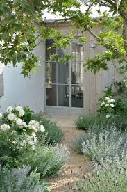 best 25 gravel landscaping ideas on pinterest pea gravel garden