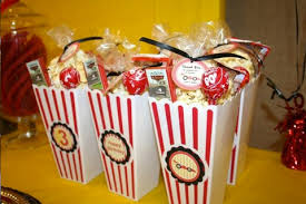 popcorn favors friday favor ideas popcorn the paisley box