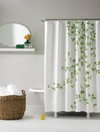 korb badezimmer idee zum badezimmer duschvorhang und vorhang badezimmer badspiegel