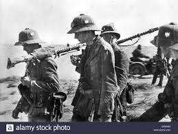 siege axis german soldiers at the siege of tobruk 1941 c45cm3 jpg 1300 980
