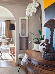 Mixing Mid Century Modern And Traditional Furniture Traditional Meets Midcentury Modern Design Hgtv