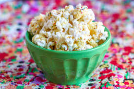 make birthday cake birthday cake batter popcorn tasty kitchen