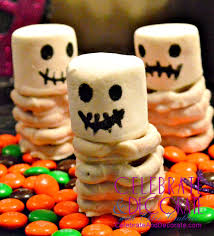 Easy To Make Halloween Snacks by 11 Halloween Treats And Decor Ideas Celebrate U0026 Decorate