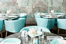 you can now have breakfast and instagram at tiffany racked