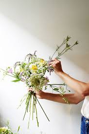 diy bouquet diy wedding bouquets flower arranging tips