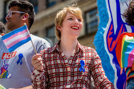 chelsea manning didn u0027t deserve those pride cheers new york post