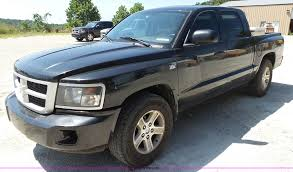 Dodge Dakota Truck Tires - 2010 dodge dakota crew cab pickup truck item bm9669 sold