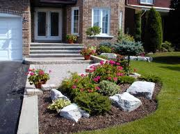 inspiring sloping front yard landscaping ideas pictures
