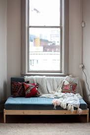 Bed Settees At Ikea by Best 25 Twin Bed Couch Ideas On Pinterest Twin Bed To Couch