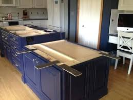 how much overhang for kitchen island island countertop overhang kitchen island with overhang 0 help w