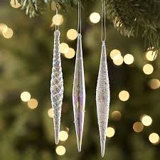 here u0027s the elegant way to add icicles to your christmas tree