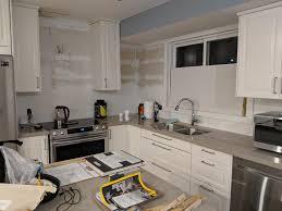 what color backsplash with white quartz countertops need help with backsplash hazelwood quartz countertops