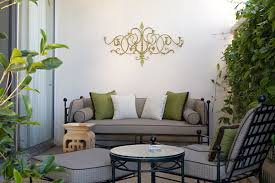 staggering outdoor wrought iron wall hangings decorating ideas