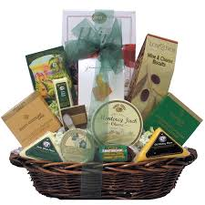Wine And Cheese Gifts Amazon Com Great Arrivals Gourmet Cheese Gift Basket Classic