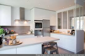 cours de cuisine neuilly sur seine cuisine blanche moderne avec verrière et ilôt central 5 laurence