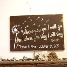 wedding gift signs custom wedding gifts best 25 personalized wedding gifts ideas on