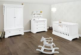 chambre bébé complete belgique cuisine pinolino chambre bebe emilia lit mode ã langer armoire
