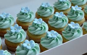 miniature cupcakes for baby shower teacup cupcakes baby shower diy