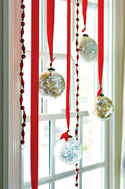 Home Window Decor 22 Creative Ideas For Christmas Home Decor