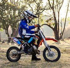 how to race motocross tanya muzinda