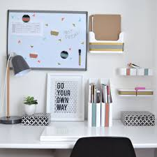 college desk organization inspiration that sticks