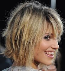 difference between a layerwd bob and a shag 8 bob hairstyles shaggy bob haircut ideas popular haircuts