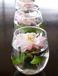 cheap table centerpieces 10 simple flower centerpieces for s day brunch