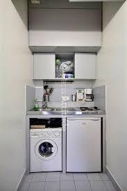 lave linge dans la cuisine les 25 meilleures id es concernant lave linge sur machine a