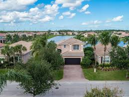 falcon trace homes for sale in vero beach
