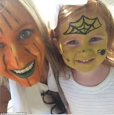 roxy jacenko and daughter pixie don face paint before halloween