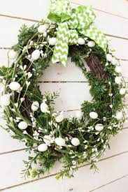 how to make easter wreaths 17 diy easter wreath ideas how to make a easter door wreath