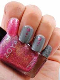 i feel polished grey and pink nails