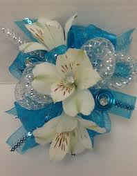 blue corsages for prom how to make a corsage and boutonniere with flowers