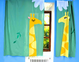 kids bedroom curtain ideas